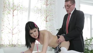Hardcore sex besides young brunette Lady Dee