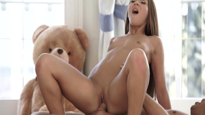 Young in tandem with Alexis Bril pussy fucking