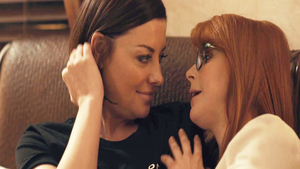 Penny Pax and sweet stepmom Sovereign Syre masturbation scene