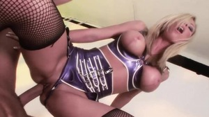 Double fuck escorted by girl wearing latex