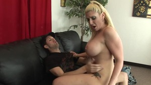 Mature Kelli Staxxx showing big boobs