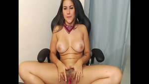 Colombian girl Jean Val Jean needs pussy fucking