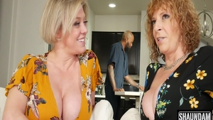 Busty mature Sara Jay and Dee Williams threesome