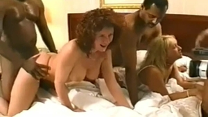 Fat and busty housewife homemade gangbang in the bed