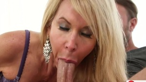 Blonde Erica Lauren does what shes told in HD