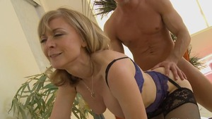 Stepmom Nina Hartley showing big ass