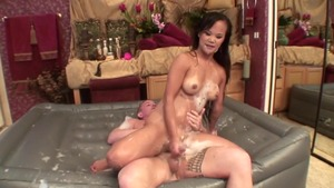 Mia Smiles Pussy fucked in the bath