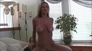 Pussy sex accompanied by tanned pornstar