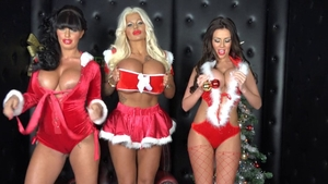 Wild Kerry Louise & busty Candy Charms threesome on Xmas