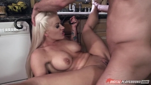 Holly Heart cumshot