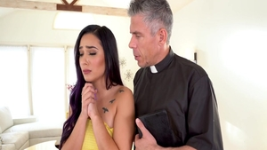 Erotic in the company of Jaye Summer cumshot