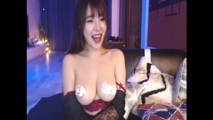 Young asian girl ass pounding on live cam