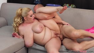 Hot blonde wishes for fucking in HD