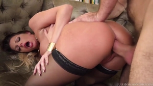 Stepmom Brooklyn Chase bends over XXX video