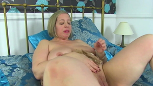 Toni Lace is really big boobs cougar