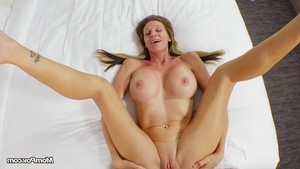 Stunning slut receives orgasm HD