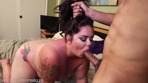 Teen Vanessa London handjob