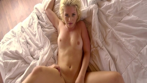 Stepsister Aubrey Gold fetish pussy eating