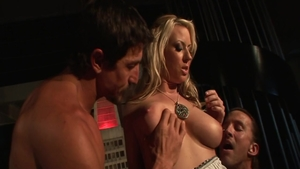 Large boobs Carolyn Reese wants threesome