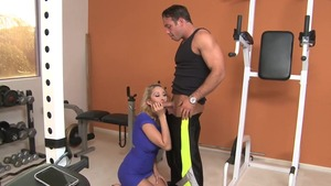 Blonde Deanna Dare feels up to raw sex