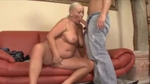 Pussy fucking escorted by mature
