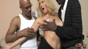 MILF blowjob for money